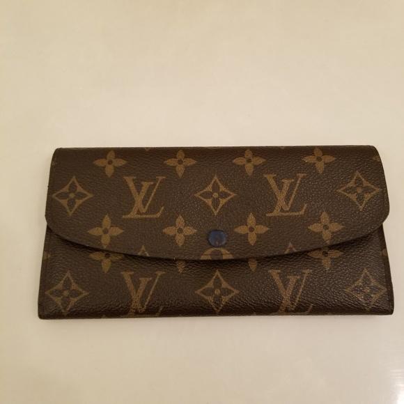 241b6caf4dbc7 Louis Vuitton Handbags - Louis Vuitton Emilie wallet
